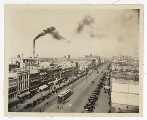 Birds-eye view of Kansas Avenue from 10th Street in Topeka, Kansas - Page