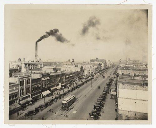 Birds-eye view of Kansas Avenue from 10th Street in Topeka, Kansas - Page