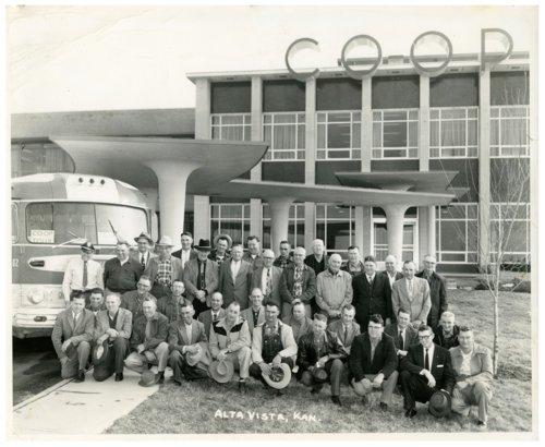 Co-op tour group from Alta Vista, Kansas - Page