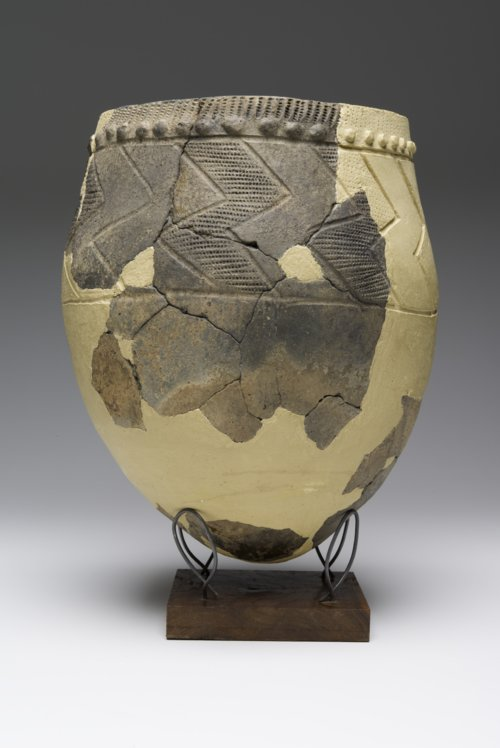 Kansas City Hopewell Early Ceramic vessel - Page