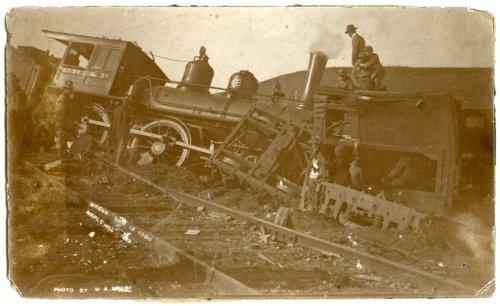 Train wreck, Maple Hill, Kansas - Page