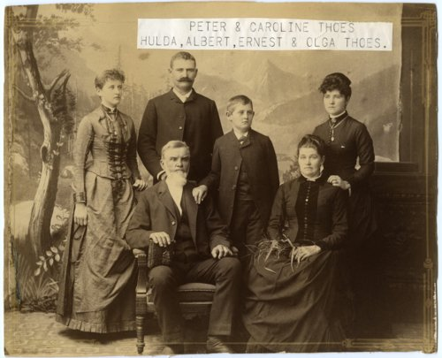 Peter Thoes family - Page