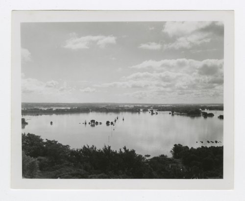 1951 flood in Manhattan, Kansas - Page