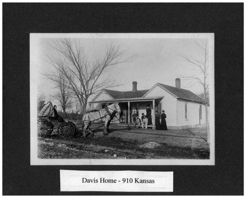 Davis residence in Alma, Kansas - Page