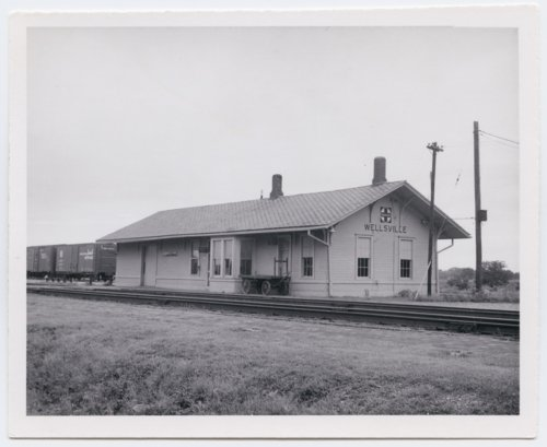 Atchison, Topeka and Santa Fe Railway Company depot, Wellsville, Kansas - Page