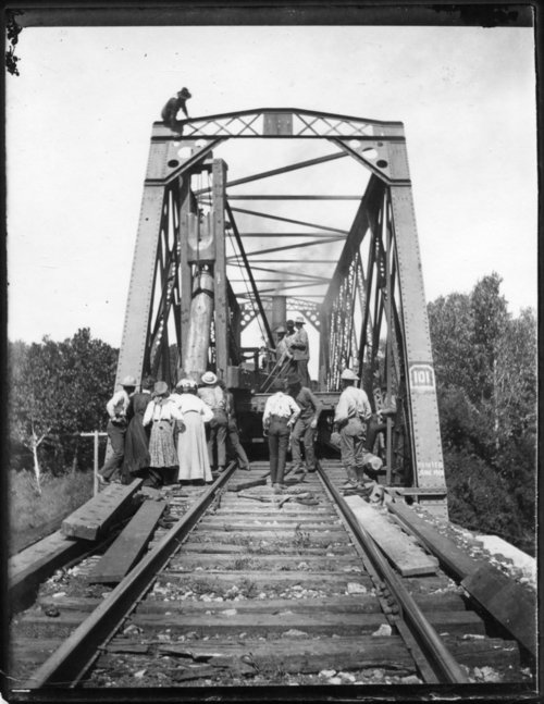 Bridge building, Volland, Kansas - Page