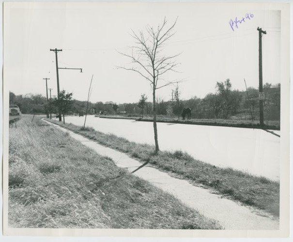 North Seventh Street trafficway, north of Fairfax district, Kansas City, Kansas - Page