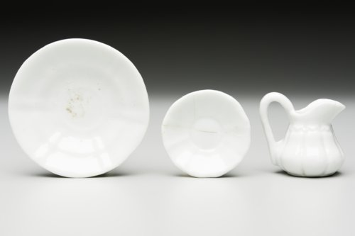 Toy Dishes from Fort Hays, 14EL301 - Page