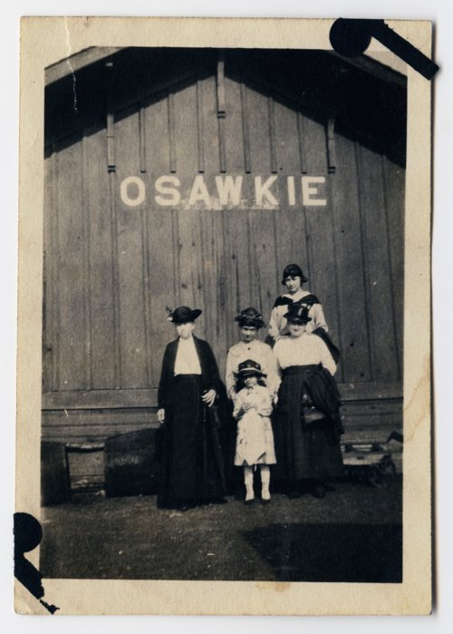 Railroad depot in Osawkie [Ozawkie], Kansas - Page