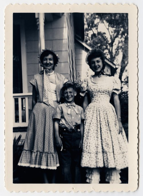 Elsie, Bob and Joyce Gladfelter dressed for the Kansas Territorial Centennial in Topeka, Kansas - Page