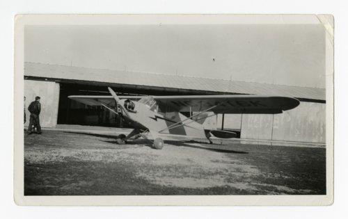 Howard Athon's Cessna plane in Topeka, Kansas - Page