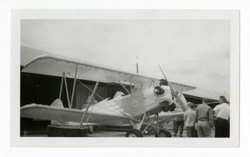 Airplane at Allen airport in Topeka, Kansas - Page