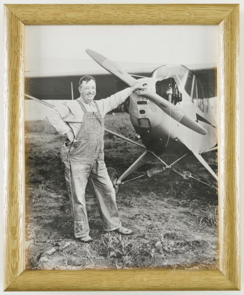 Howard Athon with his Cessna airplane in Topeka, Kansas - Page
