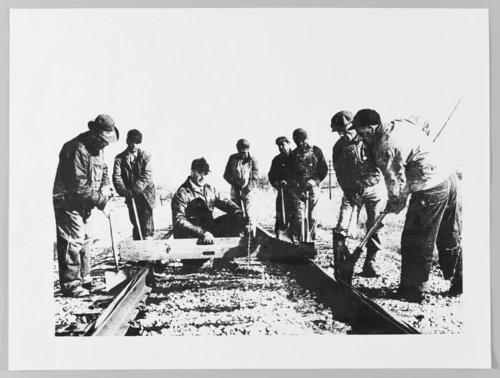 Atchison, Topeka & Santa Fe Railway track crew - Page