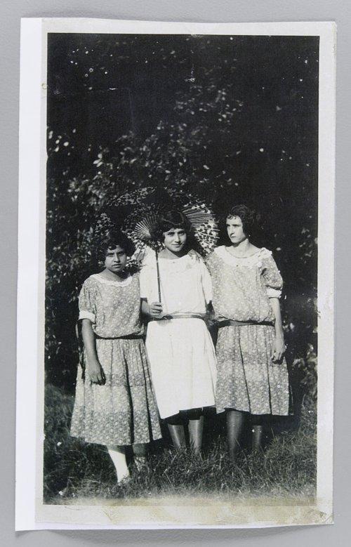 Marie Vargas, Virginia Villafranco Duran and Gomez Del Herro - Page