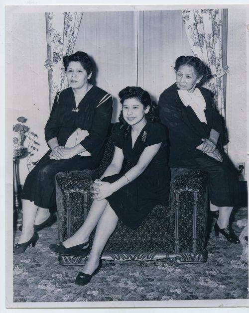 Savera Marmolejo, Juana Granado and Catalina Marmolejo - Page
