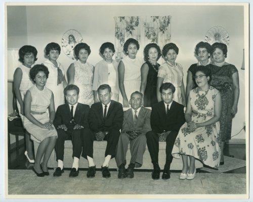 Rito Valdivia family - Page