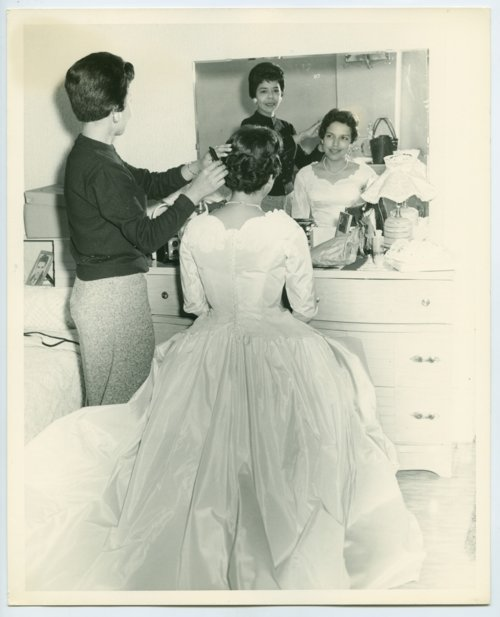 Mary Ramirez getting ready for her wedding in Topeka, Kansas - Page
