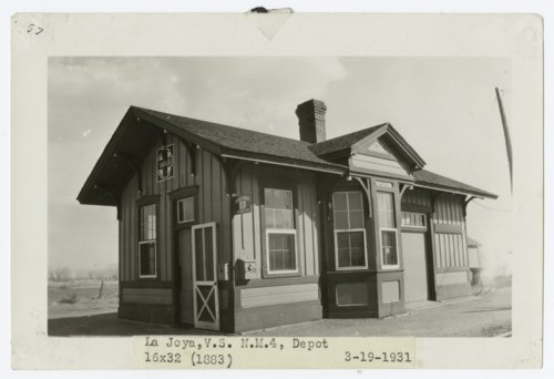 Atchison, Topeka & Santa Fe Railway Company depot La Joya, New Mexico - Page