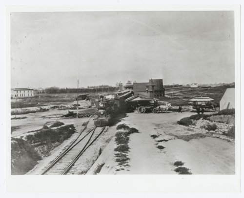 Atchison, Topeka & Santa Fe Railway Company depots, Raymond, California - Page