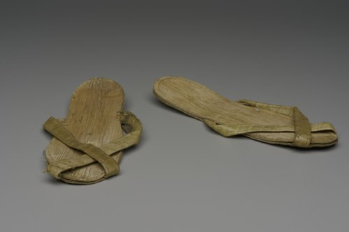 Bamboo sandals - Page