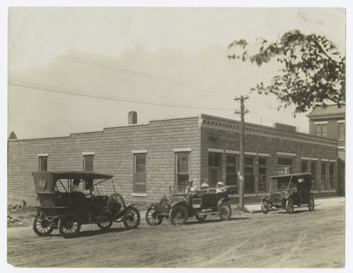 H.B. Bell Land and Auto Company, Dodge City, Kansas - Page
