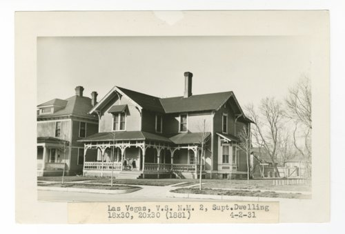 Atchison, Topeka & Santa Fe Railway Company's superintendent dwelling, Las Vegas, New Mexico - Page