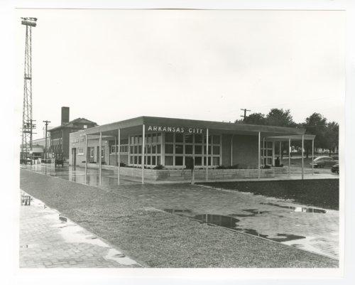 Atchison, Topeka and Santa Fe Railway Company depot, Arkansas City, Kansas - Page
