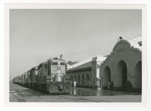Union Station, Phoenix, Arizona - Page