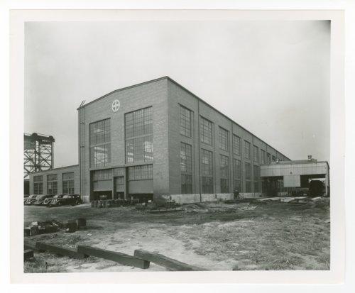 Atchison, Topeka & Santa Fe Railway Company's diesel shop, Chicago, Illinois - Page