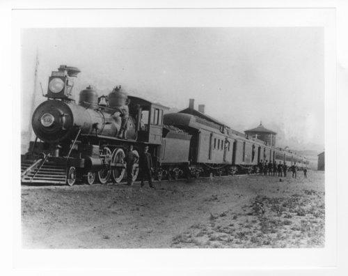 Atchison, Topeka and Santa Fe Railway Company's steam locomotive #592 - Page