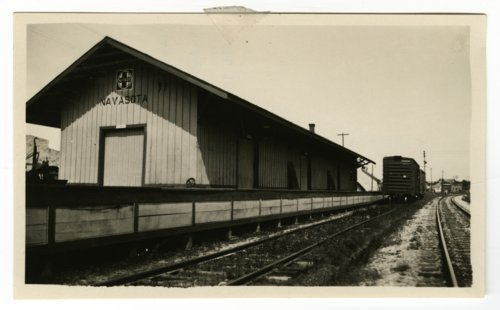Atchison, Topeka & Santa Fe Railway Company depot, Navasota, Texas - Page