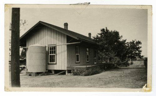 Atchison, Topeka & Santa Fe Railway Company section house, Ricken, Texas - Page