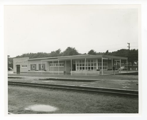 Atchison, Topeka and Santa Fe Railway Company depot, Arkansas City, Kansas - Page
