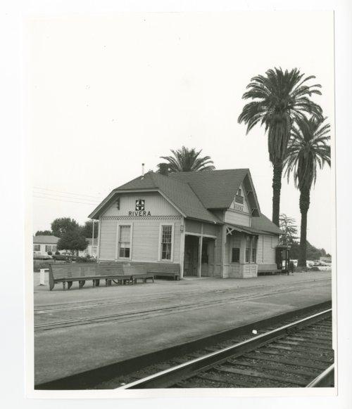 Atchison, Topeka & Santa Fe Railway Company, Pico Rivera, California - Page