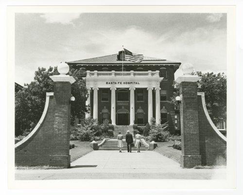 Atchison, Topeka & Santa Fe Railway Company hospital, Temple, Texas - Page
