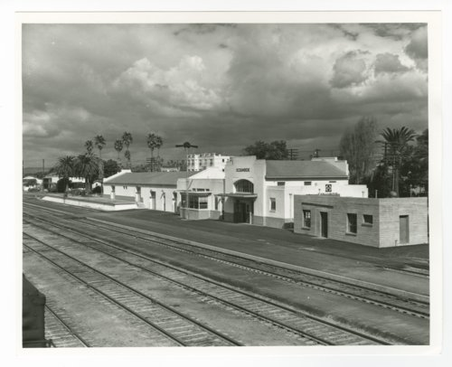 Atchison, Topeka & Santa Fe Railway Company depot, Oceanside, California - Page