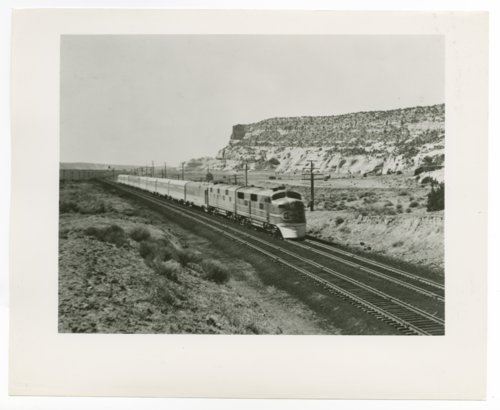 Atchison, Topeka & Santa Fe passenger train in Arizona - Page