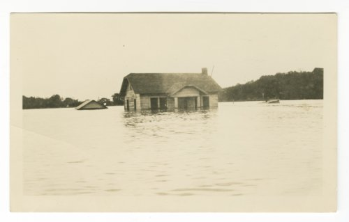 Boaz family home in the 1935 flood, Topeka, Kansas - Page