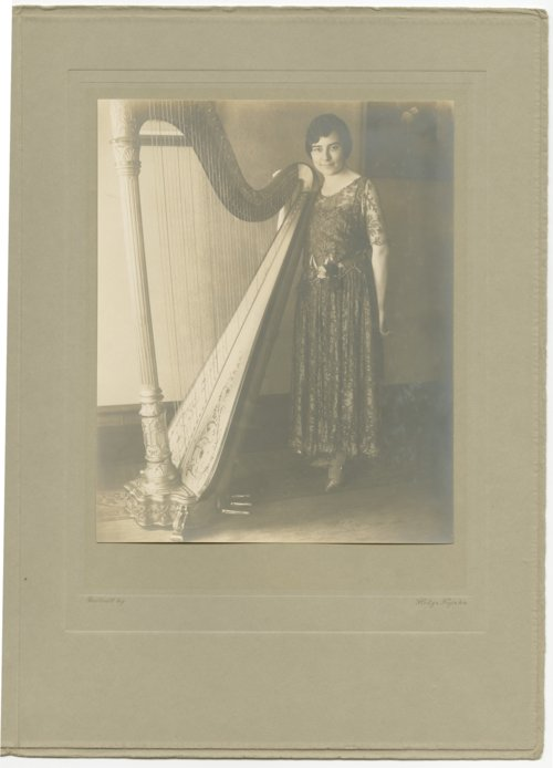 Theo Cobb Landon with her harp - Page