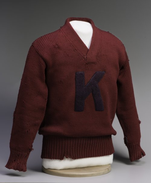 Letter sweater - Page