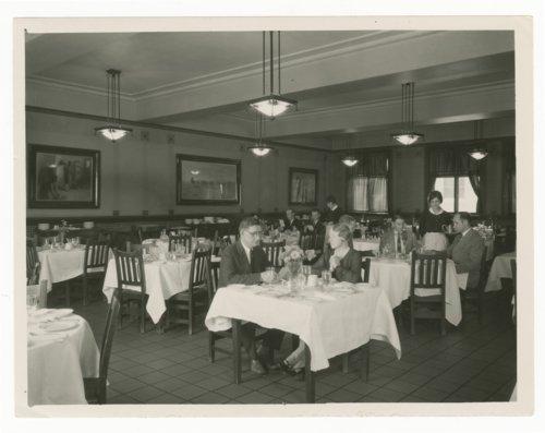 Atchison, Topeka & Santa Fe Railway Company's El Navajo Hotel, Gallup, New Mexico - Page