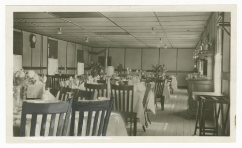 Atchison, Topeka & Santa Fe Railway Company dining room, Gallup, New Mexico - Page