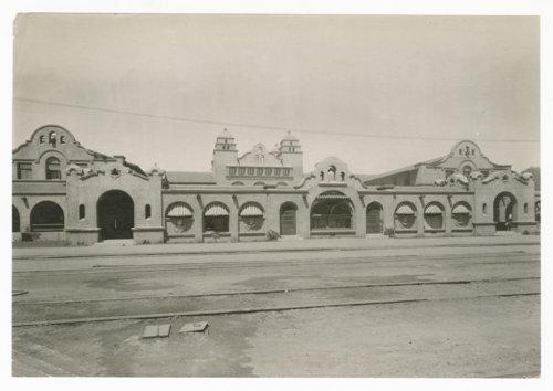 Atchison, Topeka and Santa Fe Railway Company's Fred Harvey Alvarado Hotel, Albuquerque, New Mexico - Page