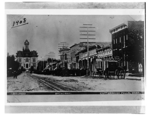 Street scene in Cottonwood Falls, Kansas - Page