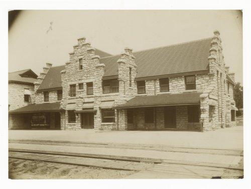 Atchison, Topeka & Santa Fe Railway Company's Fred Harvey House, Wellington, Kansas - Page