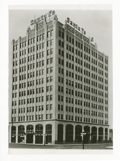 Atchison, Topeka & Santa Fe Railway Company's general office building, Amarillo, Texas - Page