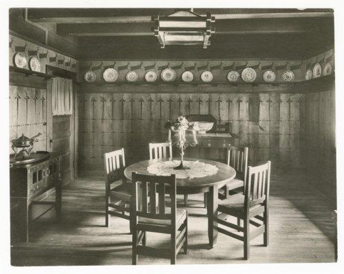 Atchison, Topeka & Santa Fe Railway Company's Fred Harvey El Tovar Hotel, Grand Canyon - Page