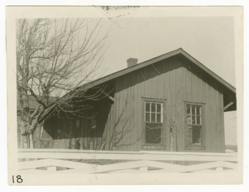 Gulf, Colorado & Santa Fe Railway Company's section house, Valley View, Texas - Page