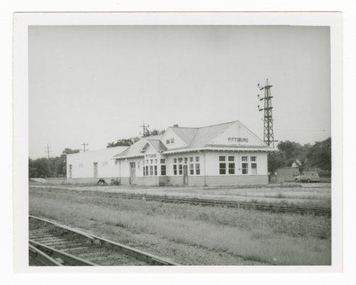 Atchison, Topeka & Santa Fe Railway Company depot Pittsburg, Kansas - Page